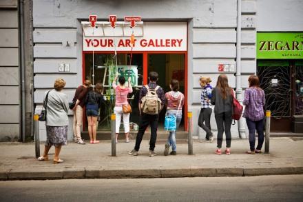 niklas-roy-instant-art-career-designboom-poland-festival-streetart