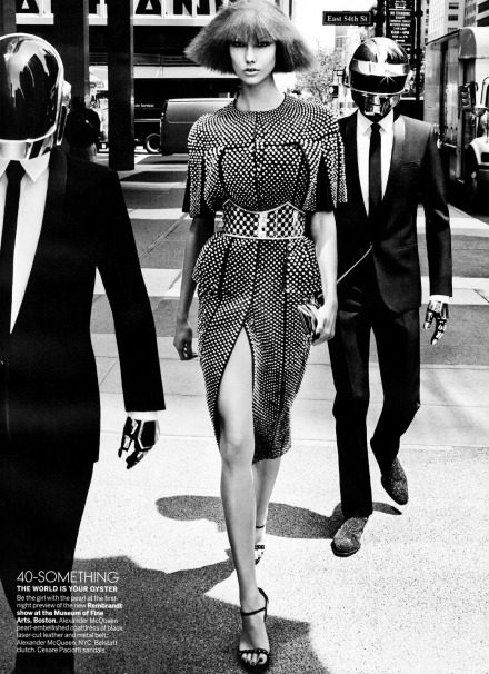 fashion_scans_remastered-karlie_kloss-vogue_usa-august_2013-daftpunk2