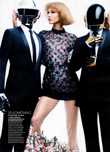 fashion_scans_remastered-karlie_kloss-vogue_usa-august_2013-daftpunk4