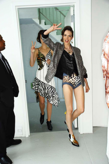 BACKSTAGE-RODARTE-fashion-week-newyork-sonnyVANDEVELDE-3