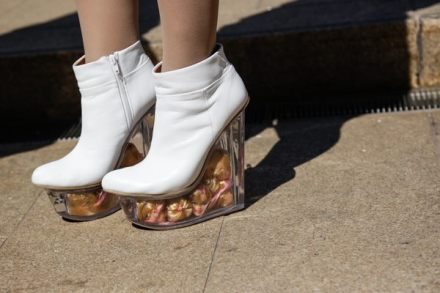 barbie-head-shoes-white-leather-fashion-peterstigter