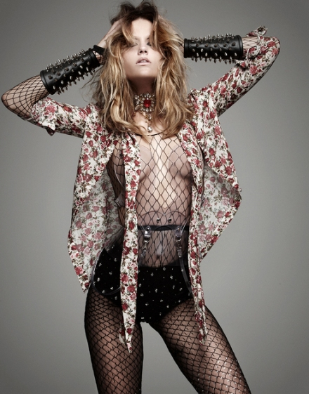 V-magazine_MANOLO-CAMPION-YANA-KAMPS-punk3
