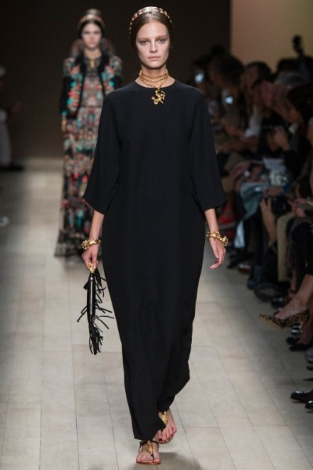 valentino-paris-fashion-week-ss14-black