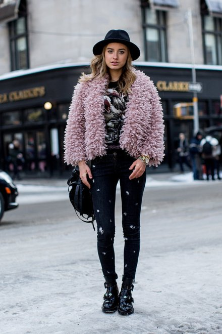 new-york-fashion-week-fall-winter-2014-street-style-powder pink2