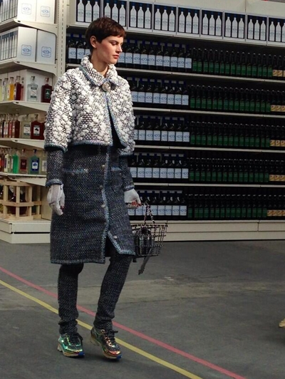 chanel-supermarkt-fashionshow-fashion-paris-week-2014-outfit