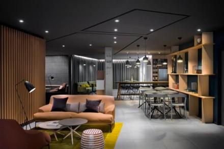 okko-hotel-interior-minimalistic-architecture-pastel-color-france-nantes-design-concept-4