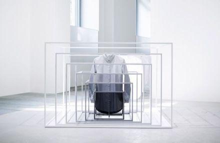 Nendo-Cos-conceptstore-milan-designweek-2014-design-architecture-delsalmone-oki-sato-grey-white