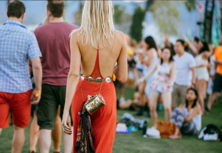 stylish-folks-rocking-coachella-festival-looks-dress