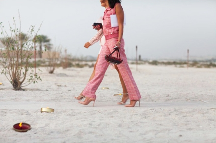 chanel-resort-cruise-2015-dubai-street-style-3