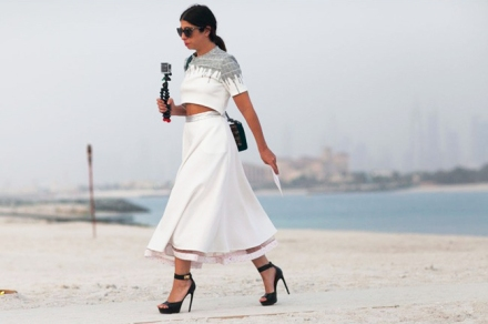 chanel-resort-cruise-2015-dubai-street-style-9