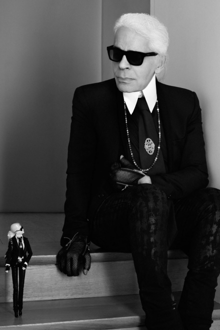 barbie-lagerfeld-doll-with-karl-lagerfeld-fashion-limited-edtion-999-200-designer