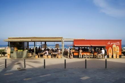 La-Guingueta-Barcelona-beach-bar-meritxellarjalaguer-interior-summer-food-tapas-sandra-tarruella-fresh-design-03