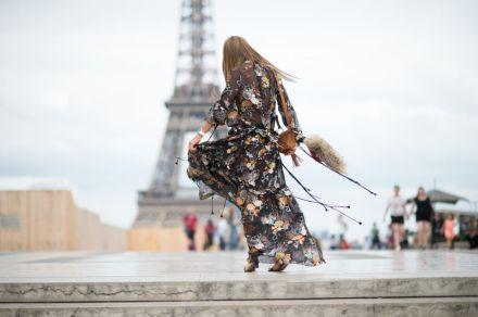 elle-paris-haute-couture-15-streets-style-day-3-17