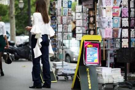 elle-paris-haute-couture-15-streets-style-day-4-53
