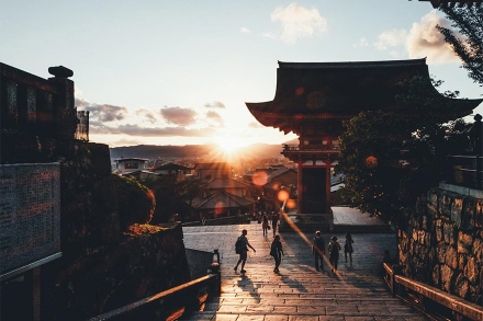 japanese-photographer-takashi-yasui-tokyo-osaka-kyoto-photography-7