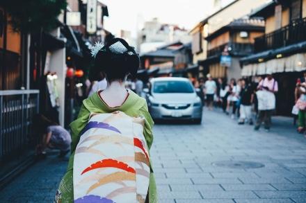 japanese-photographer-takashi-yasui-tokyo-osaka-kyoto-photography-8