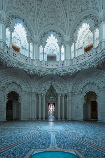 Tuscany-Martino-Zegwaard-castello-di-sammezzano-art-photography-florence-abandoned-castle2