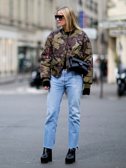 Streetstyle-denim_Paris-fashion-week-aw16-streetwear-jeans-blue-3