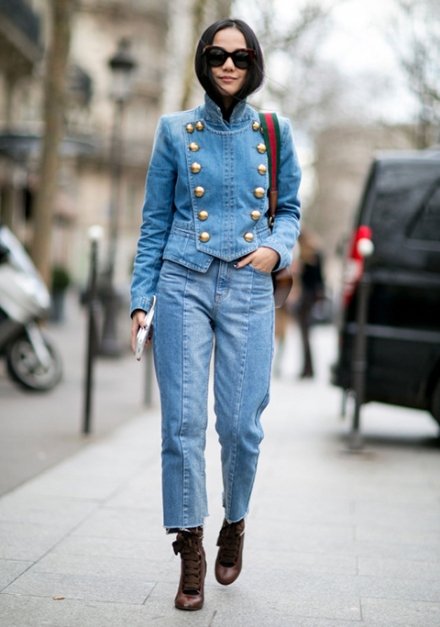 Streetstyle-denim_Paris-fashion-week-aw16-streetwear-jeans-blue-5